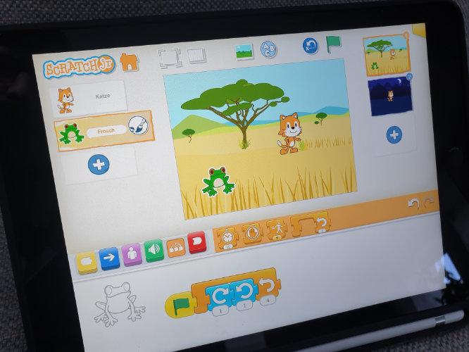 Screenshot eines Bildschirms mit Scratch Jr